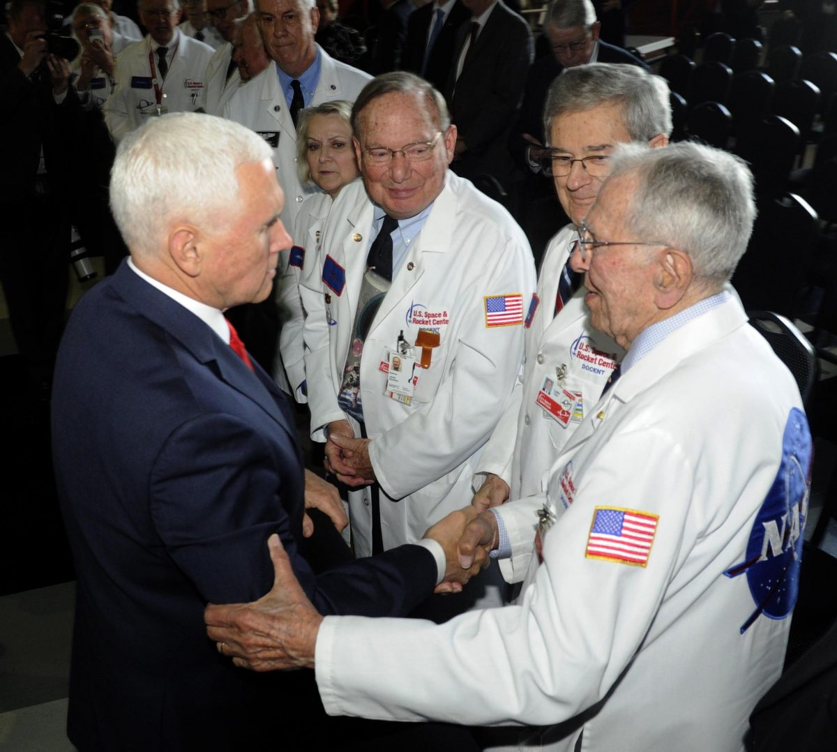 'First woman, next man on the Moon will both be American'