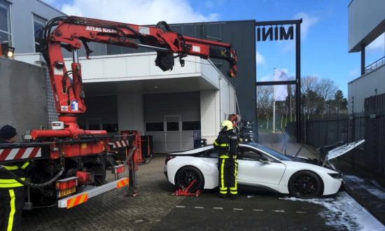 Dutch Fire Crews Put A Smoking Bmw I8 Into Huge Vat Of Water In Brabant