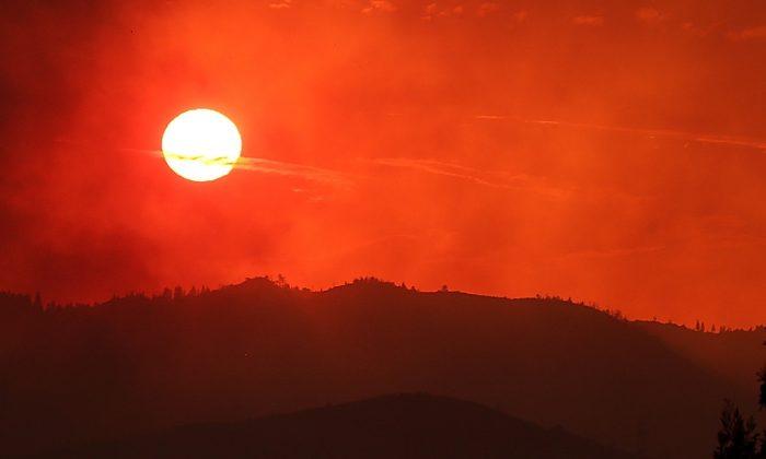 Setting sun. (Justin Sullivan/Getty Images)
