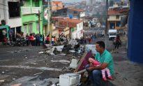 US, Canadian Communists Meet With Venezuela Leadership