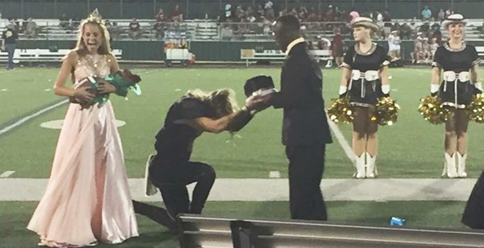QB Named Homecoming King Insists to Give the Crown to Friend with Cerebral Palsy