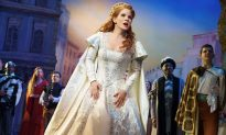 Theater Review: 'Kiss Me, Kate'