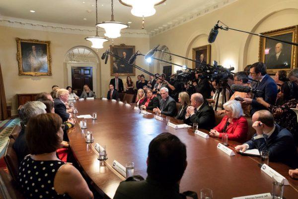 trump-roundtable
