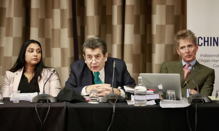 Tribunal panel member Regina Paulose (L), chair to the tribunal Sir Geoffrey Nice QC (C), panel member  Nicholas Vetch on the first of the April hearings in London on April 6, 2019. (endtransplantabuse.org)