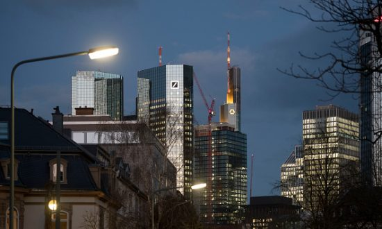 Deutsche Bank's Trading Unit Is Said Key for ECB in Deal Talks