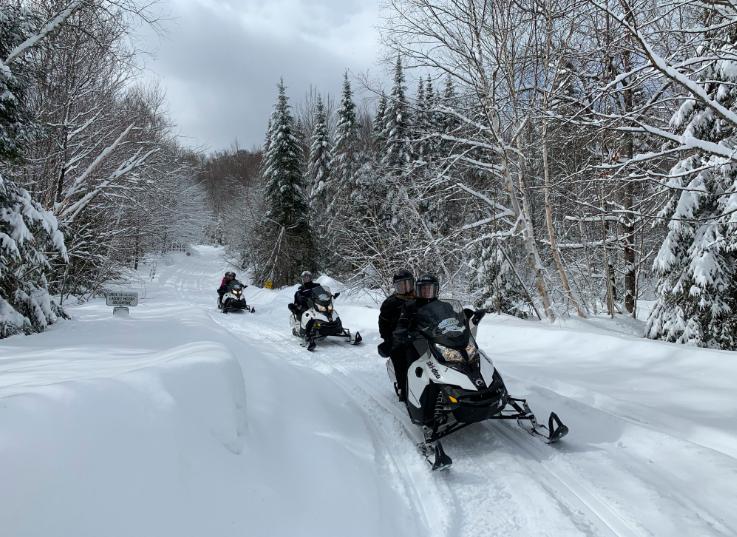 snow_mobile