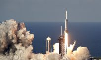 SpaceX Launches Mega Rocket, Lands All 3 Boosters
