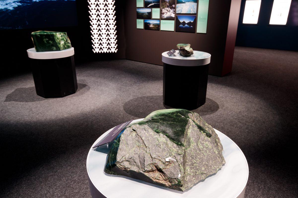Pounamu greenstone touchstone