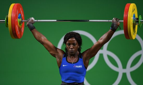 9d4100d99e French Weightlifter Snaps Arm in Two Places During Competition