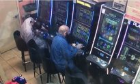 Gambler Caught on Camera Stealing Thousands From Slot Machine