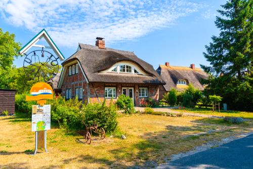 mittelhagen_houses_germany