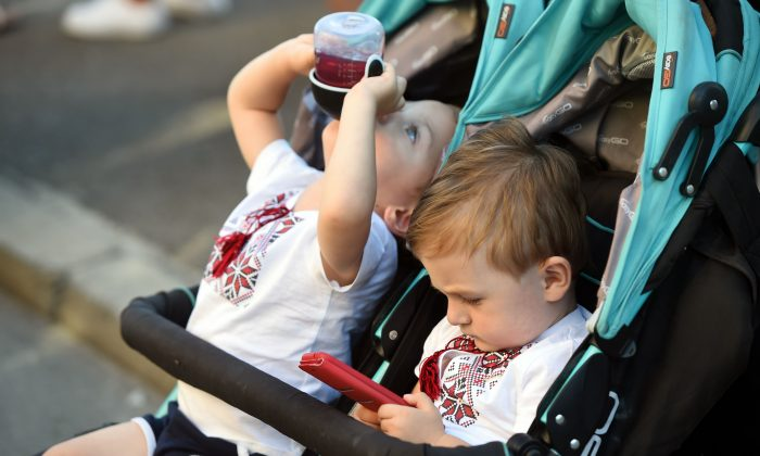 Risk of ADHD Seven Times Higher in Preschoolers Who Spend Over 2 Hours on Smartphones