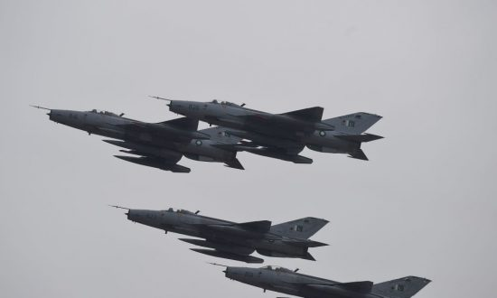 Russia Competes With China for Arms Sales to Pakistan