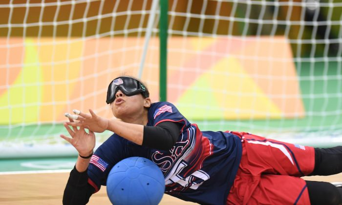 Amanda Dennis defends against a shot during the bronze medal match at the 2016 Rio de Janeiro Paralympic games. (Loren Worthington)