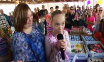 300 Strangers Attend Lonely 10-Year-Old's Birthday Party After Mom Makes Facebook Appeal