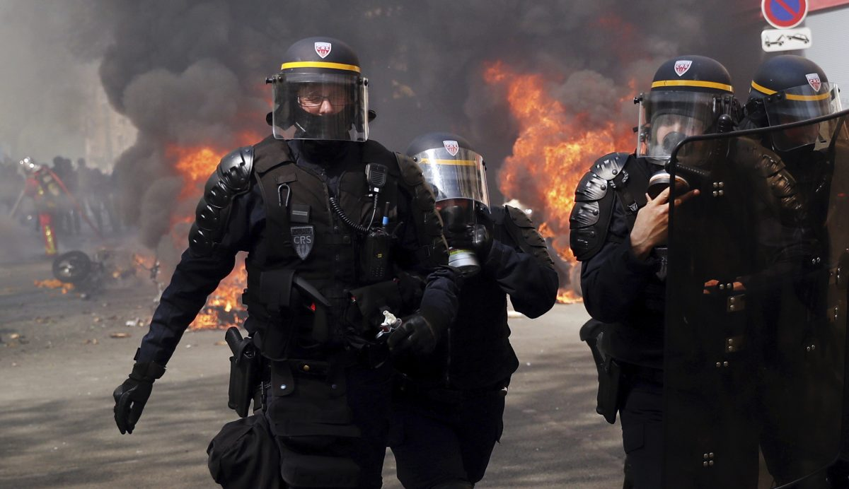 french police clash with France Protests