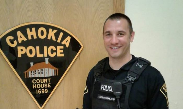 Roger Gemoules, a police officer with the Cahokia Police Department was praised for driving a man caught behind the wheel without a license to a job interview, in Illinois on April 17, 2019. (Francella Jackson/Facebook)