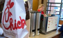 Chick-fil-A Worker Quietly Feeds Hungry Customer Who Can't Afford Meal, Says 'It's On Me'