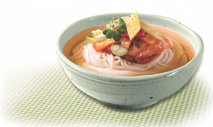 CookSee's chewy, springy rice noodles come in a flavorful broth. (Courtesy of Han's Korea)