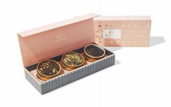 Vahdam teas blush gift set