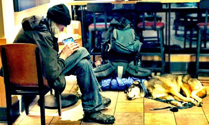Smelly Homeless Man's Presence Annoys Customers, Then Stranger Shows Who's the Real Man