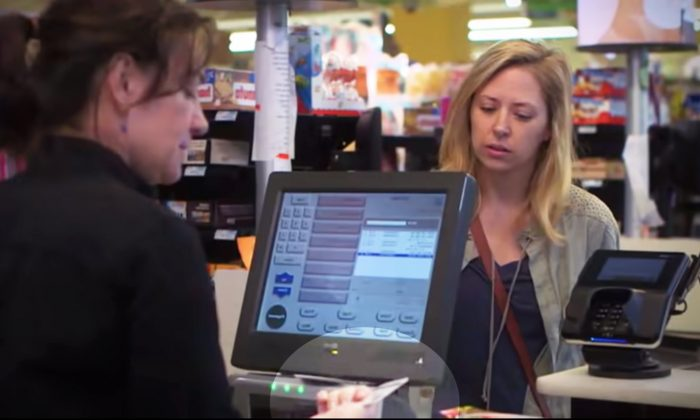 Cashier Shames Woman for Not Having Enough Food Stamps Until Angry Shoppers Step In