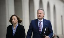Bank of Canada Neutral on Next Rate Move, Downgrades 2019 Growth Forecast