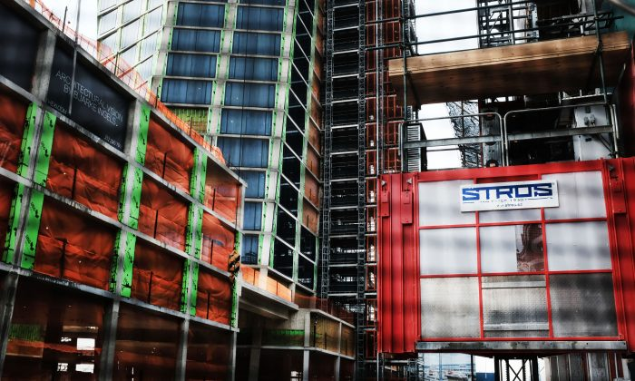 Construction at a building site in Manhattan on March 8, 2019. (Spencer Platt/Getty Images)