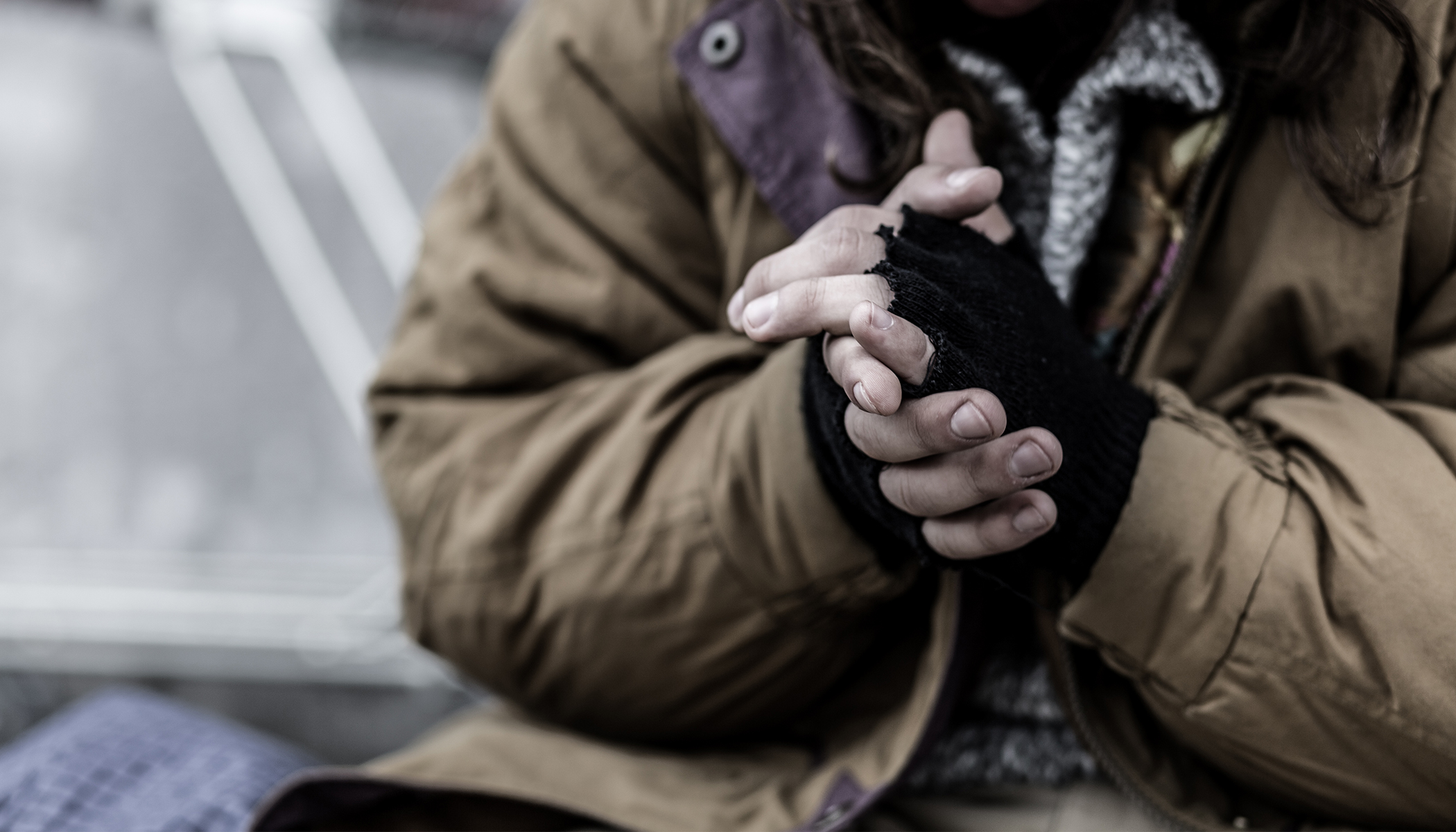 Homeless Man Gives Up Coat for Freezing Woman, What Happens 5 Days Later Changes His Life
