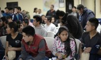 Poll Shows Startling Number of Guatemalans Wishing to Leave Country