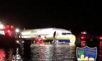 Boeing 737 Slides Off Runway Into Florida River, 21 Hurt