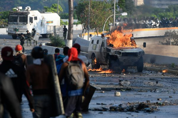 Anti-government protesters clash with security forces