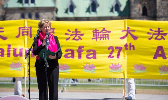 MPs Voice Support as Hundreds Mark Falun Dafa Day in Ottawa