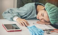 Blogger Plans to Shame Medical Student, but It Backfires When Doctors Worldwide Team Up