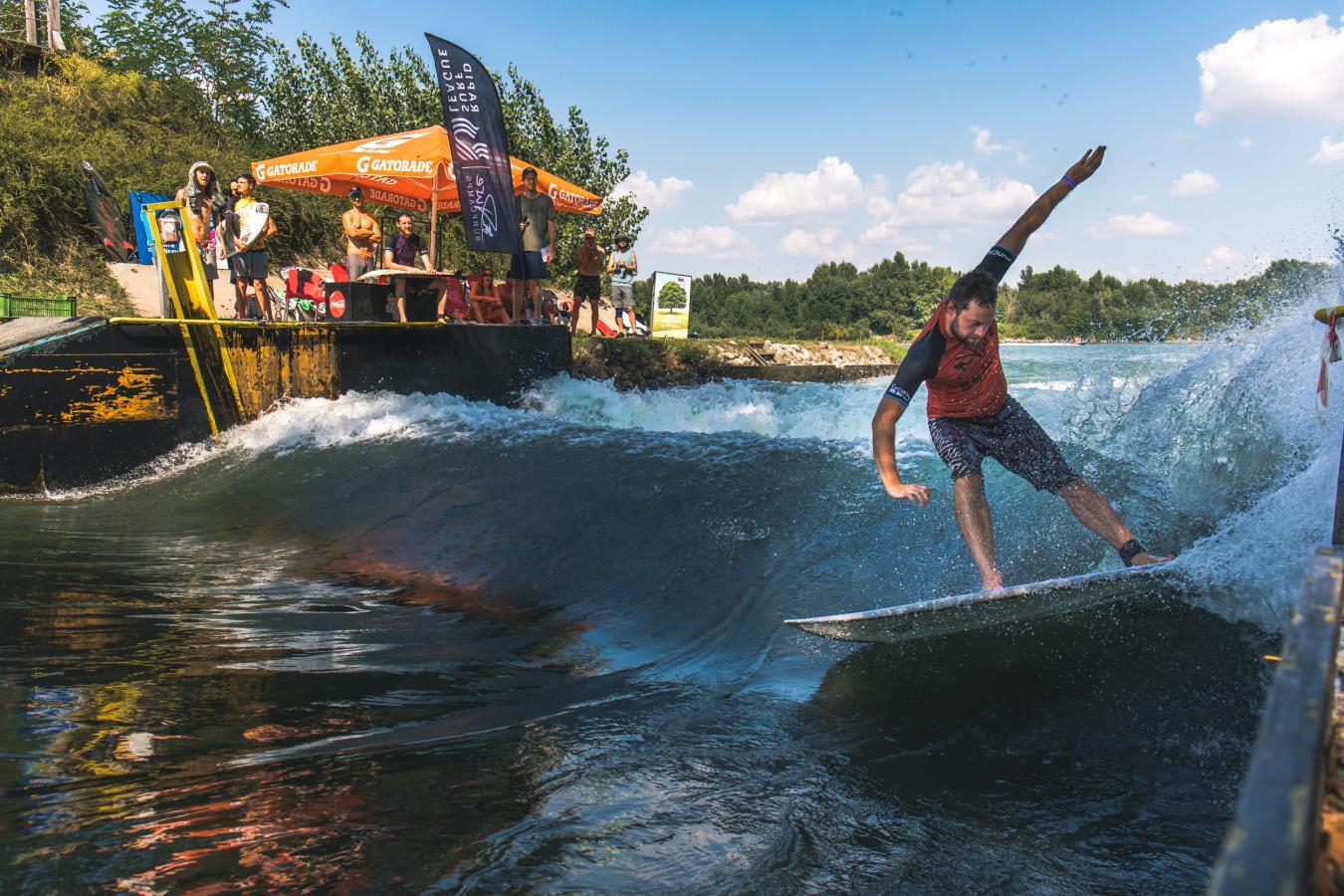 river surfing bratislava