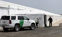 Border Patrol Wants to Build New Tent to Detain Migrants