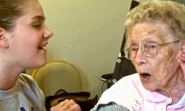 Video: Girl and Great-Grandmother Sing Together