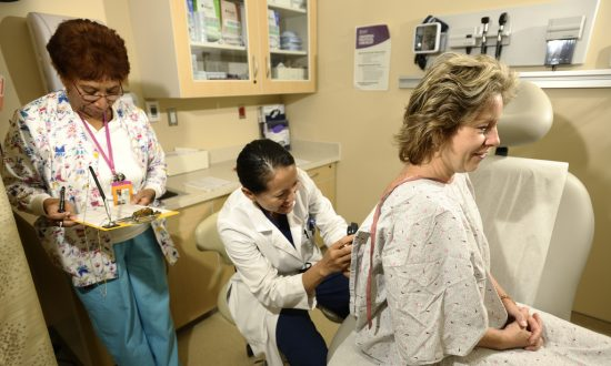 During AM Appointments, Doctors More Likely to Advise Cancer Screening