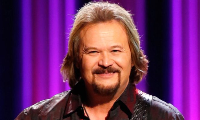 Country Star Travis Tritt's Tour Bus Sideswiped in Crash That Killed 2