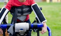 Boy With Cerebral Palsy Runs Race; Gym Teacher Steps In