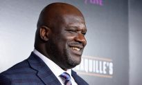 Shaq Buys 10 Pairs of Shoes for Struggling Mom's 13-Year-Old Who Wears Size-18 Shoes