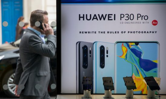 Netherlands Probing if Huawei Is Using 'Secret Back Door' to Customer Data and Spying for Beijing, Report Says