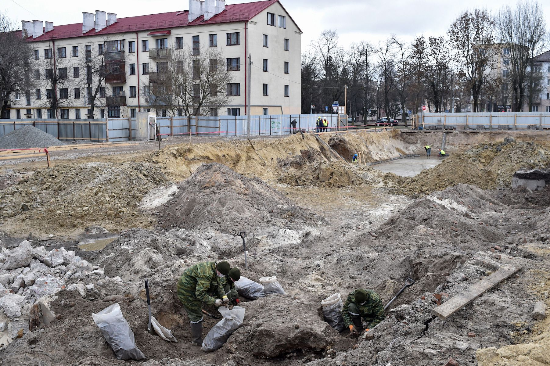 mass grave holocaust nazi jewish belarus