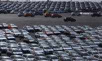 EU Chilled by US-China Trade War as Auto Tariffs Remain a Threat