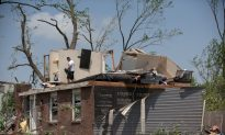 Swarm of Tornadoes Pulverizes Buildings Across Ohio, Indiana; 1 Dead
