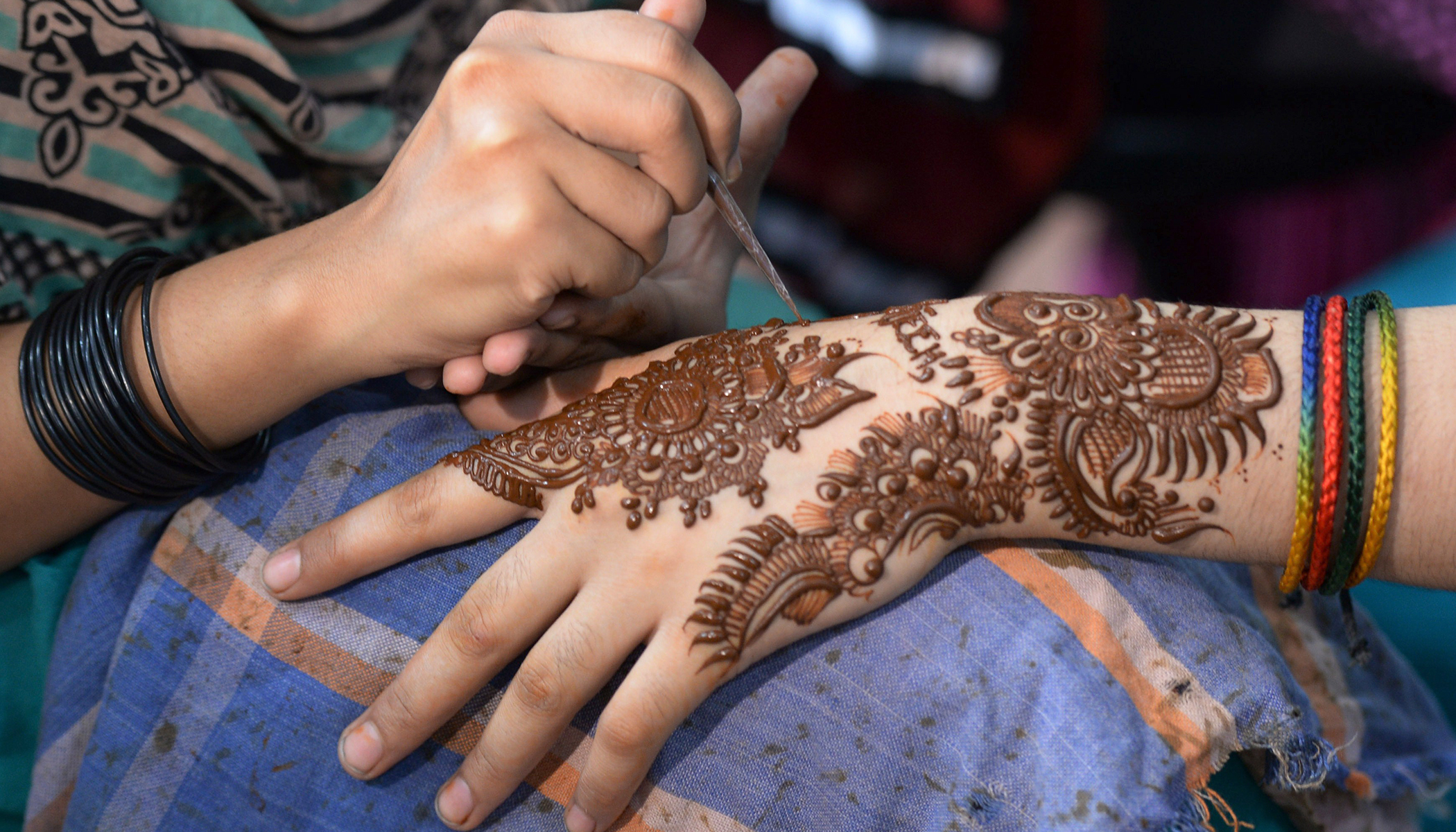 f200a505a Little Girl 'Potentially Scarred for Life' After Black Henna Tattoo Erupted  in Blisters
