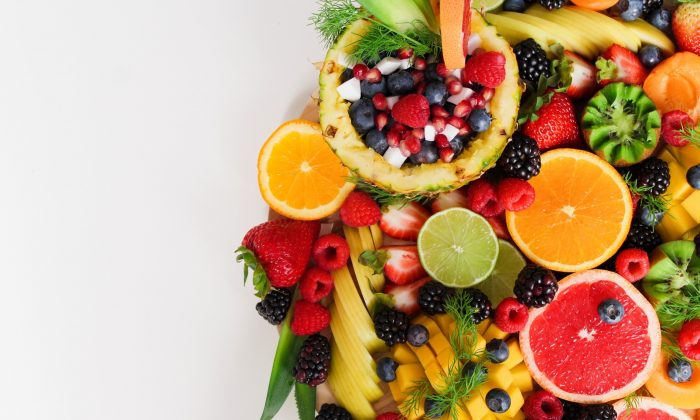 Fruits topped the list of healthiest foods to eat to pack in the nutrients and fight off chronic disease. (Trang Doan/Pexels)