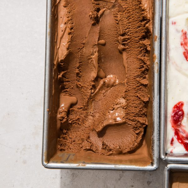 Make Easy No-churn Ice Cream With Two Easy Steps
