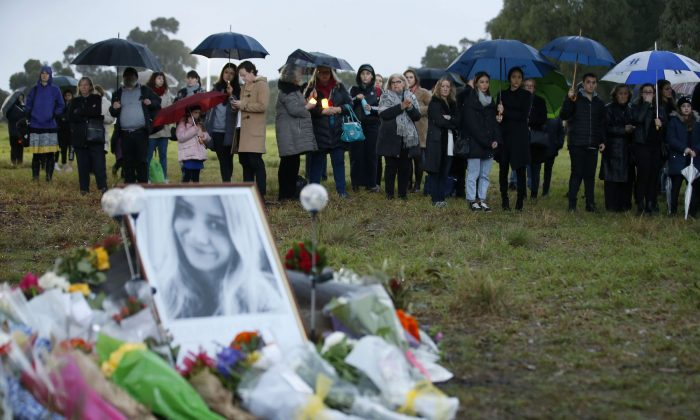 Mourners pay their respects at Royal Park  in Melbourne, Australia on May 31, 2019. (Darrian Traynor/Getty Images)