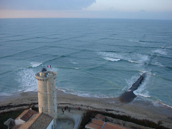 'Cross Sea': An Unusual, Dangerous Phenomenon